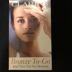 Clarins Bronze to Go Self Tanner Kit